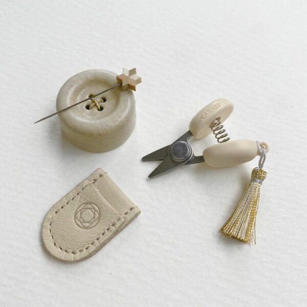 Présentation du petit kit de couture de l'édition spéciale de noël de Cohana
