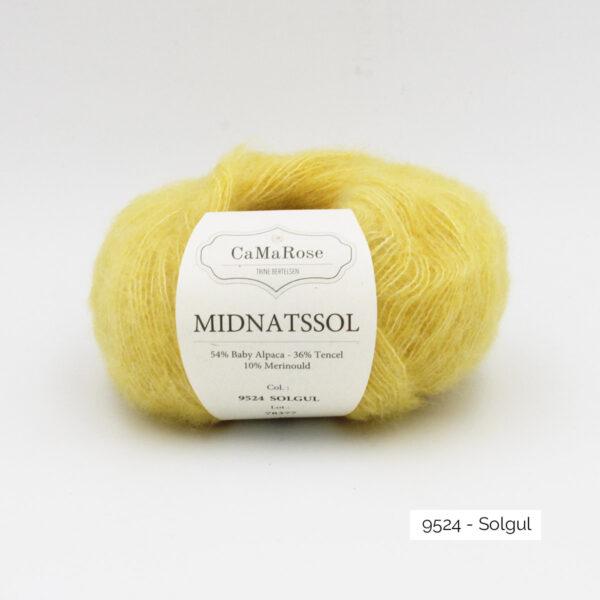 Une pelote de Midnatssol de CaMaRose coloris Solgul (jaune citron)