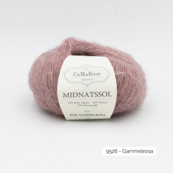 Une pelote de Midnatssol de CaMaRose coloris Gammelrosa (vieux rose)