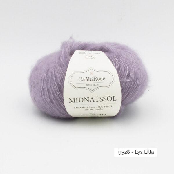 Une pelote de Midnatssol de CaMaRose coloris Lys Lilla (lilas)