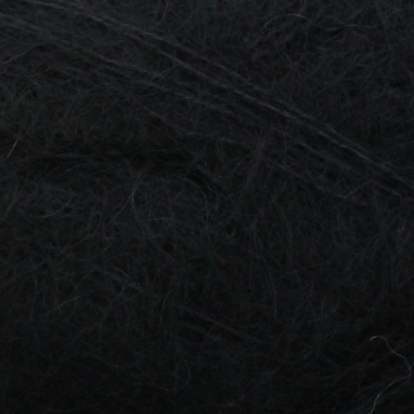 Zoom on a ball of Isager's Silk Mohair in the Black colorway