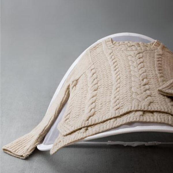 Présentation de l'étendoir filet du kit de soin des tricots Sweater Care Kit de Cocoknits