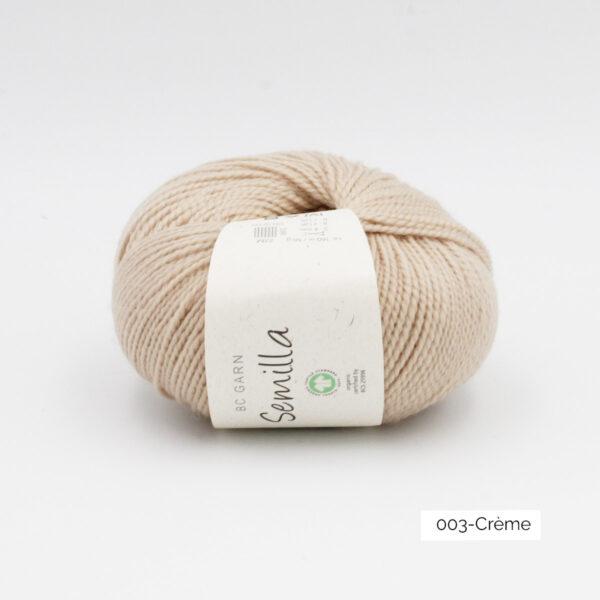 Une pelote de Semilla GOTS de BC Garn coloris Crème