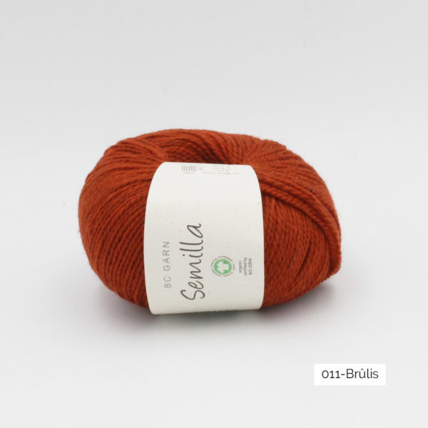 Une pelote de Semilla GOTS de BC Garn coloris Brûlis
