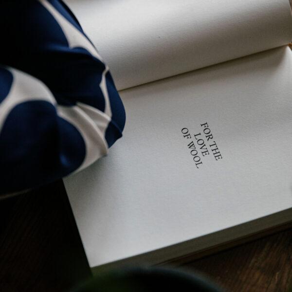 Page de garde du journal de tricot Knitting Notes de Laine coloris Moutarde