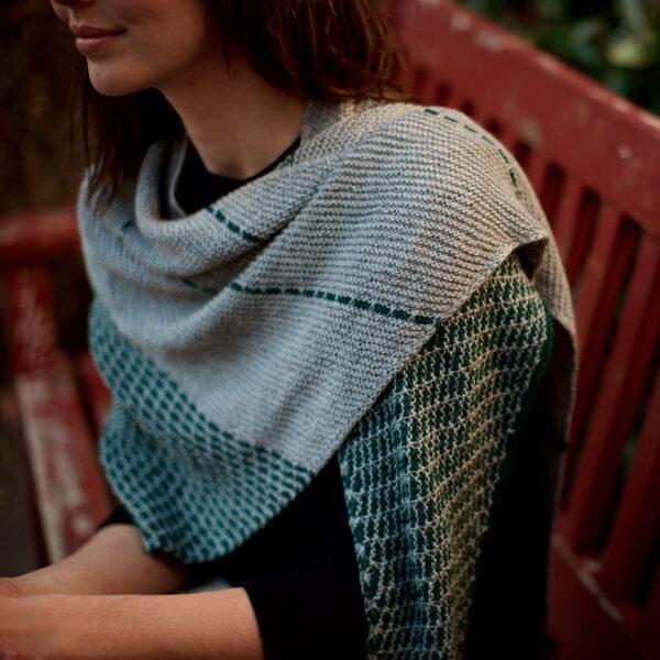 Présentation du châle Ketane de Bérangère Cailliaud, patron de tricot paru dans le livre Woolship de Lili Comme Tout