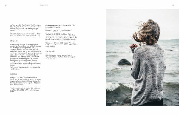 Présentation d'une double page illustration et patron d'un gilet paru dans le livre Urban Knits de Leeni Hoimela