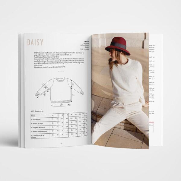 Double page de présentation du modèle Daisy d'Emilie Luis paru dans le livre Woolship édité par Julie Partie pour Lili Comme Tout