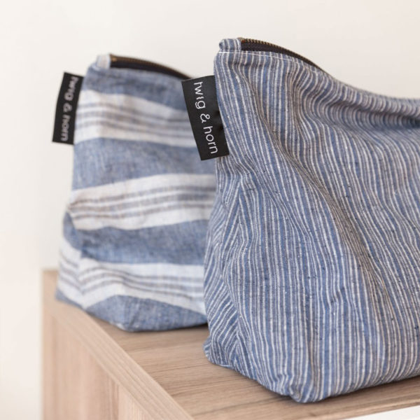 Display of the two styles of large project pouches made of cotton and hemp by Twig & Horn