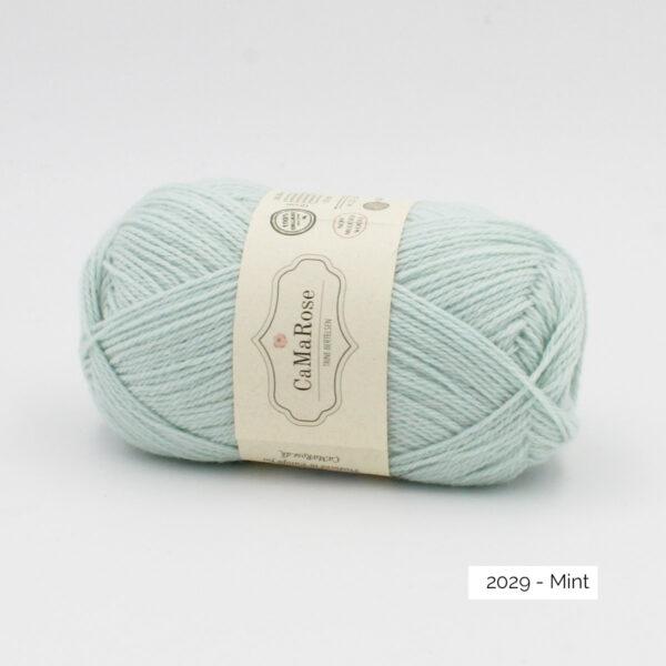 Une pelote de Okologist Sommeruld de CaMaRose coloris Mint