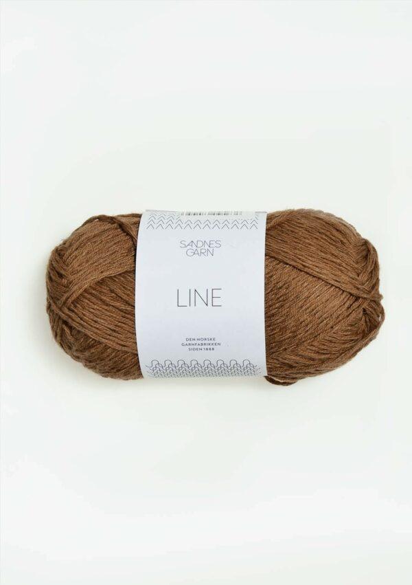 Une pelote de Line de Sandnes Garn coloris Gyllen Brun (marron doré)