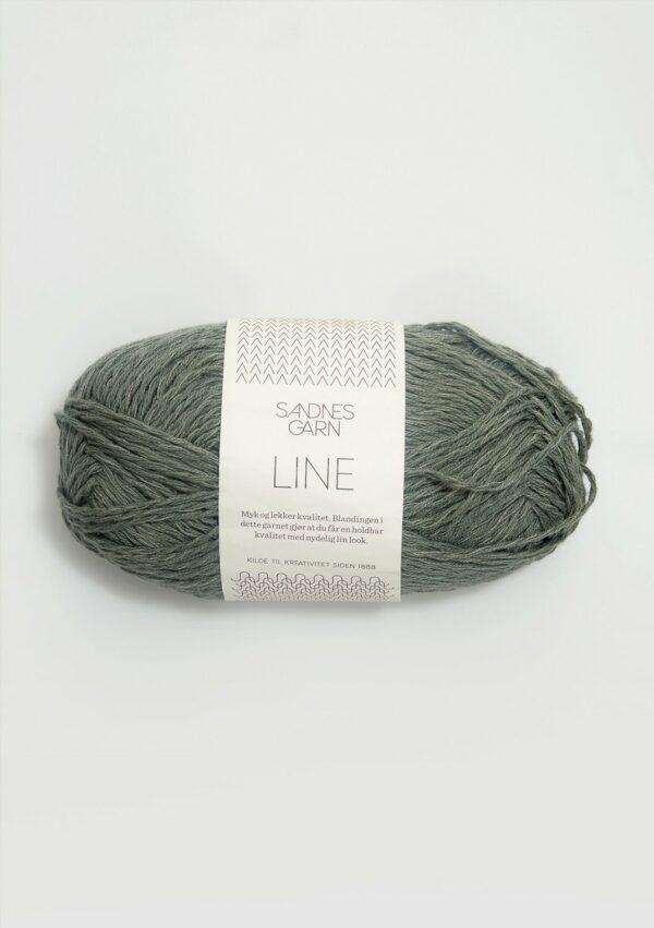 Une pelote de Line de Sandnes Garn coloris Stovet Gron (vert sauge)