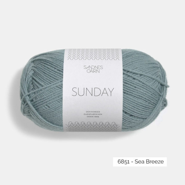 Une pelote de Sunday de Sandnes Garn coloris Sea Breeze