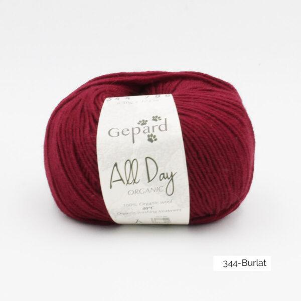 Une pelote de All Day Organic de Gepard Garn dans le coloris Burlat