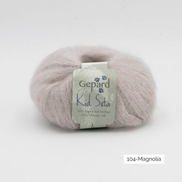 Une pelote de Kid Seta de Gepard Garn coloris Magnolia