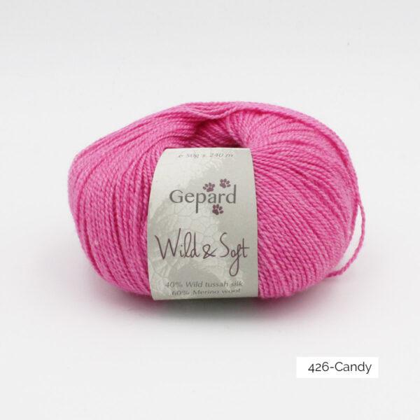 Une pelote de Wild & Soft de Gepard Garn coloris Candy