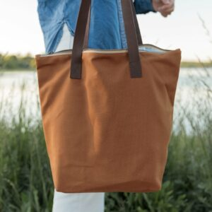 Canvas Traveler's Tote – Twig & Horn